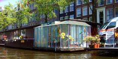 House boat 9