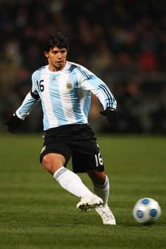[Juan Carlos Ferro]: Soccer players