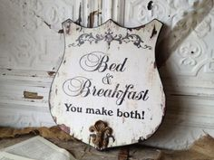 I'm definitely feeling inspired to hang this up  at my house ; )