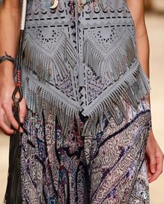 patternprints journal: PRINTS, PATTERNS AND SURFACE EFFECTS: BEAUTIFUL DETAILS FROM MILAN FASHION WEEK (WOMAN COLLECTIONS SPRING/SUMMER 2015) / Etro