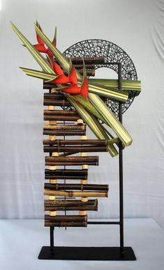 Contemporary Flower Arrangements, Creative Flower Arrangements, Beautiful Flower Arrangements, Flower Centerpieces, Floral Arrangements, Flower Structure, Corporate Flowers, Bamboo Design, Transparent Design