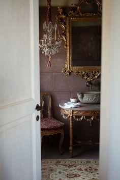 An Italian powder room.