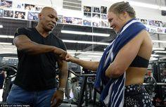 Miesha Tate, Mike Tyson, Boxing Training, Boxing Workout, Ronda Rousey Photoshoot, Ronda Rousey Mma, Rhonda Rousy, Rowdy Ronda, Ufc Women