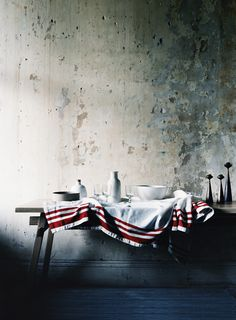 Interview - Glen Proebstel - The Design Files Cement Walls, Plaster Walls, Plaster Paint, Concrete Wall, Old Wall, The Design Files, Deco Table, Modern Country, French Country