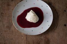 White mousse on raspberry sauce