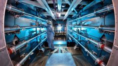 Apparent breakthrough in nuclear fusion silenced by shutdown ------ The preamplifiers of the National Ignition Facility are the first step in increasing the energy of laser beams as they make their way toward. Sistema Solar, Aliens, Engineering Companies, Advantages Of Solar Energy, Solar Panel Cost, Alternative Energy Sources, Solar Energy System, Money Today, Science And Technology