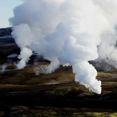 Geothermal energy is sizzling with opportunity. Unlock the potential with iShare. - batteries in a portable world edition pdf - Geothermal Energy Solar Energy Projects, Geothermal Energy, Aquaponics Plants, Aquaponics System, Energy Quotes, Pop Cans, Carbon Footprint, Growing Plants, Solar Power