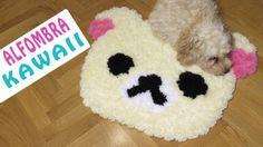 ¿Sabes hacer pompones? Pues entonces sabes hacer también esta divertida alfombra. :-)