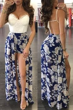 Floral maxi romper Navy blue, floral maxi romper with a white lace top. It ties in the back with adjustable straps. Shorts are fully lined. Sexy Dresses, Cute Dresses, Casual Dresses, Casual Outfits, Fashion Dresses, Pretty Outfits, Cute Outfits, Maxi Romper, Romper Outfit