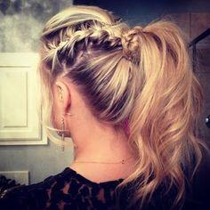 Love the side ponytail braid!