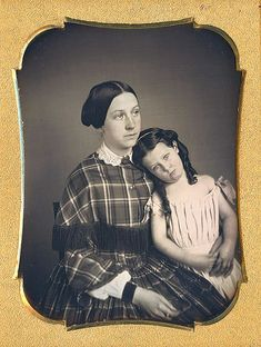 1/4 plate dag of a freckled mother & her daughter - Dennis A. Waters Fine Daguerreotypes