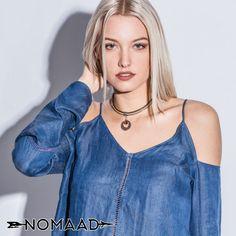 la mode est au collier près du cou, avez-vous le votre ? Tie Dye, Fashion, Necklaces, La Mode, Moda, Tye Dye, Fasion, Fashion Models, Trendy Fashion