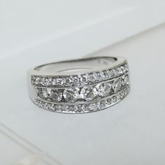 14K White Gold 1 cttw Diamond Band