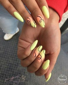 Trendy Nails for Holidays - Top 25 Amazing Proposal for Holiday Manicure - Page 8 of 13 Yellow Nails Design, Yellow Nail Art, Trendy Nails, Cute Nails, My Nails, Uñas Fashion, Nail Polish, Gel Nail, Stiletto Nail Art