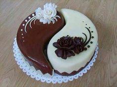 His n hers yin yang cake