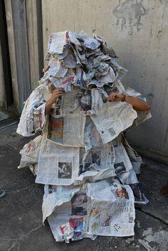 Habit/habiter/habiller à deux/espace entre/ exercice en 2heures à l'Ensag http://www.grenoble.archi.fr/ http://www.lesgrandsateliers.org/
