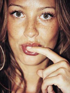 A última bad girl brasileira.  Luana Piovani | Trip | J.R. Duran