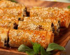 Baklava Yufkasından Patatesli-Peynirli Börek Tarifi