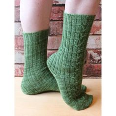 Beautiful cabled socks! Magic Loop, Socks And Heels, Pattern Library, Knitting Socks, Tangled, Swatch, Knitting Patterns, Knit Sock Pattern, How To Make