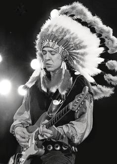 Google Image Result for http://theselvedgeyard.files.wordpress.com/2010/12/stevie-ray-vaughan-indian.jpg%3Fw%3D600
