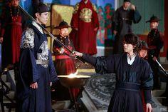 박보검, 구르미 그린 달빛 [ 출처 http://m.post.naver.com/viewer/postView.nhn?volumeNo=5308570&memberNo=32433229 ]