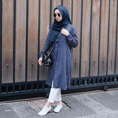 26 Super Ideas For Style Hijab Kemeja Putih Hijab Chic, Casual Hijab Outfit, Hijab Style, Casual Outfits, Ootd Hijab, Street Hijab Fashion, Muslim Fashion, Modest Fashion, K Fashion