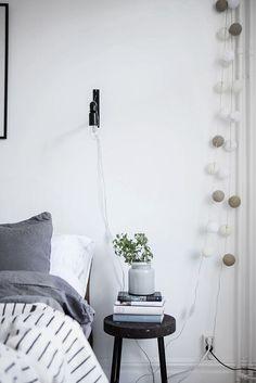Mint green sofa in a light home Diy Interior, Scandinavian Interior Bedroom, Interior Styling, Interior Design, Scandinavian Apartment, Bedroom Corner, Small Room Bedroom, Trendy Bedroom, Home Decor Furniture