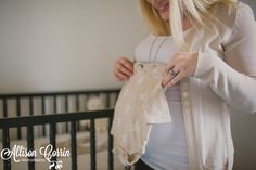 Lindsey + At Home + Expecting. Kansas City Lifestyle Maternity Photographer. » Allison Corrin Photography
