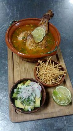 Sopa de lima tradicional... by David Blanco