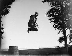 A Brooklyn chemist's 1800s photos capture New York in motion