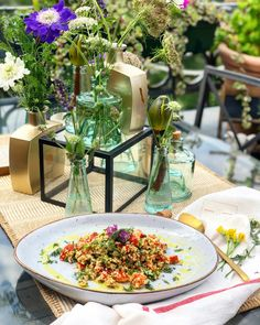 #vorspeise #couscous #nobake #taboule #salad #maindish #starter #kulinarik #rezeptideen #soulfood #guteküche #hausmannskost #einfacherezepte #esskultur #kochrezepte #kochen #kochenmachtspaß #diykitchen #speisen #speisundtrank #rezeptezumnachmachen #cooking #schnelleküche #schnellerezepte #blitzrezepte #spezielleernährung #weltküche #zubereitungsart #vegan #veganfood #veganeküche #veganrecipe #veganerezepte #nomeat #vegetarian #vegetarianfood #vegetarianrecipe #vegetarisch #vegetarischeküche Kraut, Table Decorations, Home Decor, Vegetarian Cooking, Vegane Rezepte, Light Summer Meals, Fast Recipes, Chef Recipes, Cooking