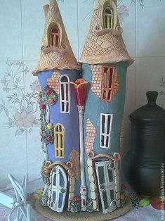 Fairy house, Ceramic house, Fairy lights, Night light h Clay Houses, Ceramic Houses, Clay Fairy House, Fairy Houses, Clay Crafts For Kids, Diy And Crafts, Pottery Houses, Ceramic Lantern, Clay Fairies