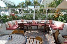 Habitually Chic Soho Beach House Miami: More Interiors Rooftop Bar Bangkok, Rooftop Restaurant, Restaurant Design, Restaurant Interiors, Seafood Restaurant, Soho Beach House Miami, Miami Beach, Outdoor Living, Outdoor Decor