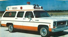 Raised Roof Chevrolet Suburban Ambulance, photograph in 1973 advertisement, made by Star-Line Ambulance Corporation American Ambulance, Ems Ambulance, Ambulance Pictures, General Motors, Flower Car, Emergency Medical Services, Fire Equipment, Rescue Vehicles, Chevrolet Suburban