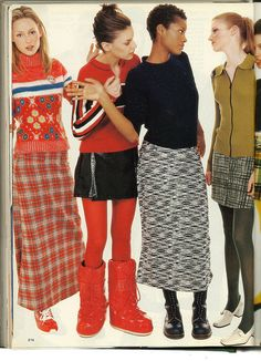 Seventeen Magazine, August I've never forgotten the outfit on the left. Pinning on behalf of my wishful self. 90s Teen Fashion, Early 2000s Fashion, 90s Fashion Grunge, Retro Fashion, Fashion Models, Fashion Brands, Vintage Fashion, Womens Fashion, Fashion Black