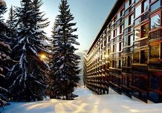 With conveniences like ski storage and ski equipment rentals onsite, stay at the Hôtel Le Golf, Les Arcs, France for a hassle-free stay in the Alps.