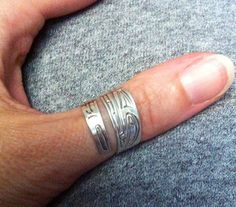 "Native carved thumb ring -""Eagle"""