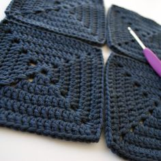 The February Crochet-Along has officially begun. Join B.hooked crochet in making a granny square tote bag!