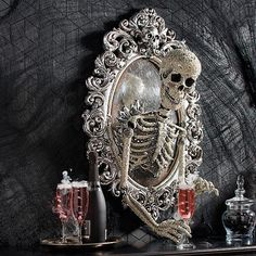 Take your Halloween decorating to a new dimension with the ominously opulent Sorceress Skull Framed Mirror, from Katherine Collection. Spooky Halloween, Halloween School Treats, Halloween Party Supplies, Cute Halloween Costumes, Halloween Home Decor, Vintage Halloween, Halloween Rocks, Halloween Masquerade, Halloween Pictures