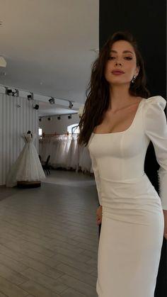 Wedding Dresses For Girls, Perfect Wedding Dress, Bridesmaid Dresses, Prom Dresses, Classy Dress, Classy Outfits, Stylish Outfits, Elegant Dresses, Cute Dresses