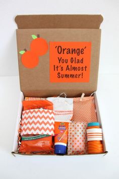 Happy Mail: Orange You Glad It's Almost Summer Gift Idea - Smashed Peas & Carrot. Happy Mail: Orange You Glad It's Almost Summer Gift Idea – Smashed Peas & Carrots Happy Mail: O Orange You Glad, Teacher Appreciation Gifts, Teacher Gifts, Gift Ideas For Teachers, Secret Sister Gifts, Mail Gifts, Themed Gift Baskets, Theme Baskets, College Gifts