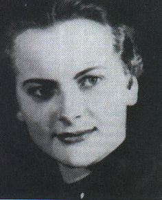 Heroine of the Third Reich, Irma. Murdered by scum. Vintage Pictures, Girl Pictures, Girl Pics, The Third Reich, 22 Years Old, World War Ii, Wwii, History, The Beast