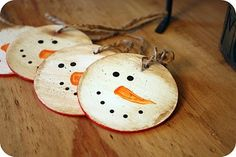 reusable Christmas gift tags - snowman on one side, red chalkboard paint on the other!