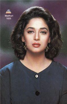 Bollywood Makeup, Bollywood Actress Hot Photos, Beautiful Bollywood Actress, Most Beautiful Indian Actress, Indian Celebrities, Beautiful Celebrities, Beautiful Actresses, Tamanna Bikini, Madhuri Dixit Hot