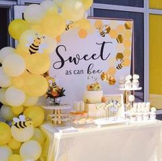 ideas for baby shower; ideas for baby shower for children; decorations for baby shower; themes for baby shower; Cadeau Baby Shower, Idee Baby Shower, Baby Shower Favors, Shower Party, Baby Shower Parties, Baby Boy Shower, Shower Games, Baby Shower Yellow, Babby Shower Ideas