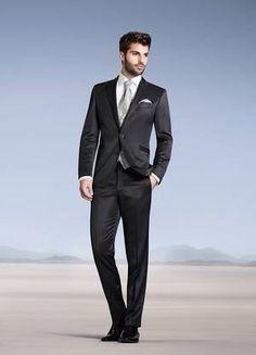 Suit from the amazing cloathing designer Wilvorst  www.wilvorst.de