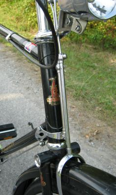 This view shows the brake linkages for the front and rear brakes, as well as the rear brake bellcrank. Retro Bicycle, New Bicycle, Bicycle Shop, Raleigh Bicycle, Raleigh Bikes, Holland Bike, Townie Bike, Bicicletas Raleigh, Mtb
