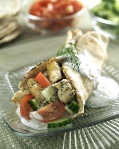 Grilled Chicken Pitas #Chicken1MoreTime ^SM