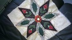 premier bloc du quilt mystère de la fée pirouette intitulé COLMAR, que du bonheur à réaliser