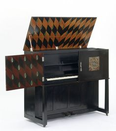 Manxman piano | Baillie Scott, Mackay Hugh | V&A
